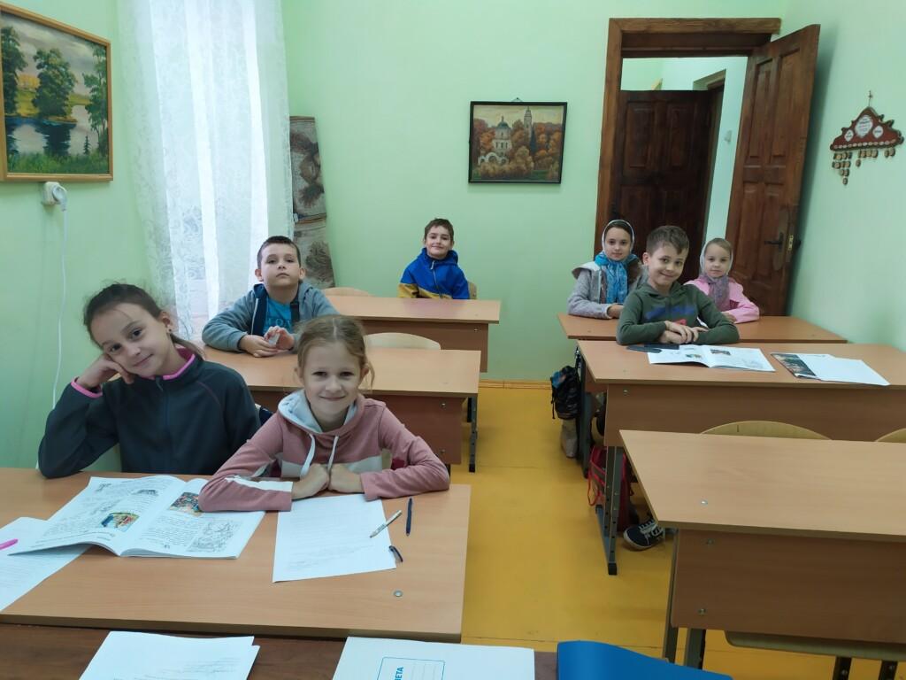 Начало занятий в детской приходской группе архиерейского подворья Благовещенского собора г.Гагарин
